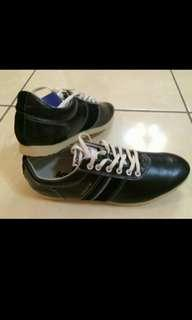 🚚 Admiral 黑鞋