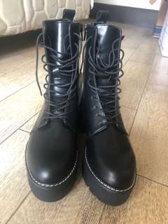f93448d5c platform boots | Women's Fashion | Carousell Philippines