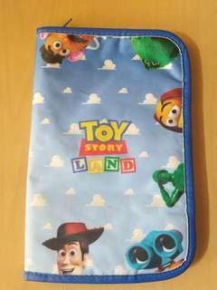 Disney 證件拉鏈袋