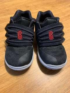 🚚 Nike Kryie 5男童鞋