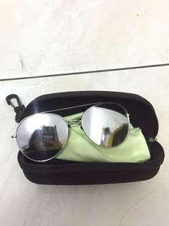 Aviator silver sunglasses