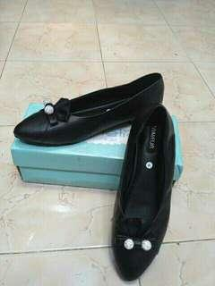 Damelia Flat Shoes