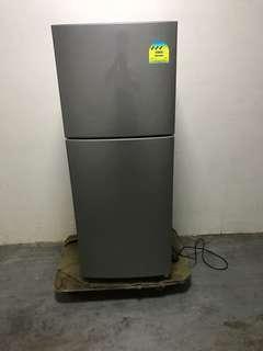 🚚 Very new Samsung 197L fridge