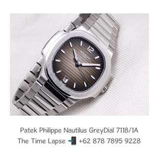 Patek Philippe - Nautilus Grey Dial 7118/1A (New in Box)