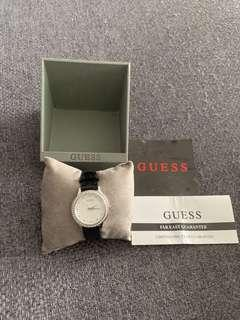 🚚 Guess WO648LT watch