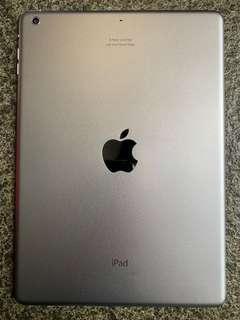 🚚 iPad Air 128GB A1474 WiFi