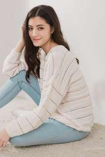🚚 WM Stripes Oversized Sweater Pullover in White