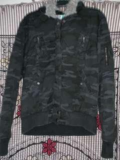 Black camo jacket size 12