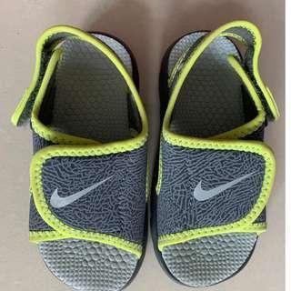 Nike Sunray Adjust 4小童涼鞋