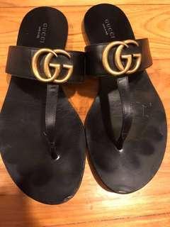 🚚 Gucci sandals
