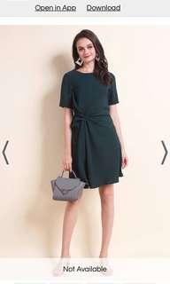 🚚 Neonmello Philia Tie Knot A line dress in Forest green