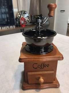 🚚 咖啡磨豆機