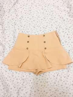 🚚 正韓排扣米色短裙褲裙