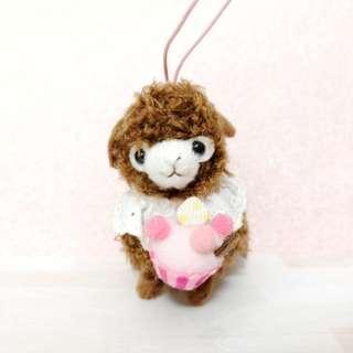 🚚 Authentic AMUSE brown cupcake alpacadso / mini alpaca