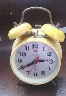 五羊牌古老機械雙鈴馬蹄座鐘