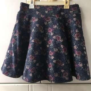 日系深藍色碎花短裙 Floral Skirt
