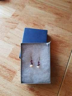 🚚 Hand made unique pearl Earrings
