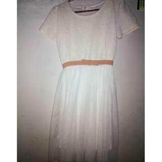 Dress Gaun putih