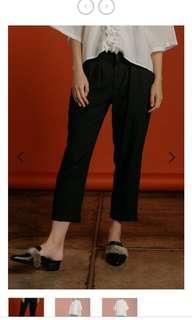 Black Pants New! 100% Good condition. Baru dipake 1x utk foto.
