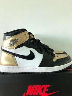 🚚 STEAL! Air Jordan 1 Gold Toe