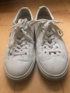 CNC white leather causal shoes 白休閒鞋