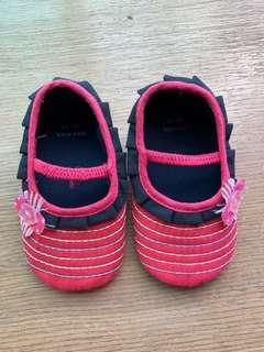 🚚 Max Kool Baby Girl Shoes 6-9 months