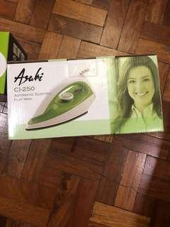 Asahi automatic electric flat iron