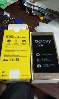 售4G三星J5