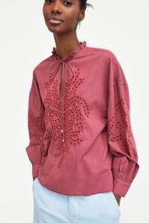 🚚 Zara 簍空刺繡罩衫 襯衫 上衣 ~原價1490元