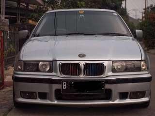 BMW E36 320i Silver Second Car Mobil Bekas