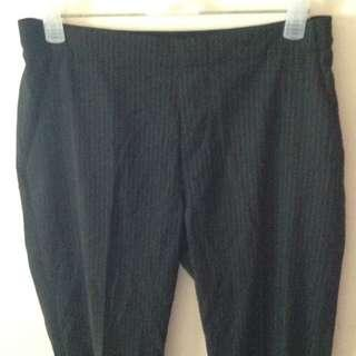 Uniqlo Pinstripes Ankle trousers (Black)