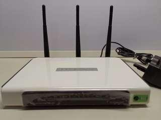 Wireless Router + 1 FREE D-Link