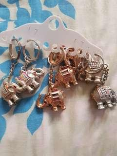 Keychain..elephant Chang key chains