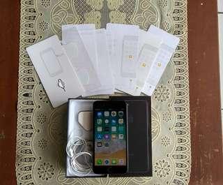 iPhone 7 plus 256GB Jet Black ex Apple Singapore Mulus