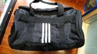 Adidas  球袋 (淘寶)