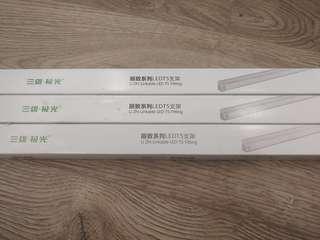 3枝全新 T5 LED 14W 1m / 16W 1.2m 4000K