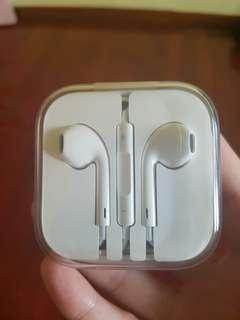 BN Authentic Apple Earpiece for $10