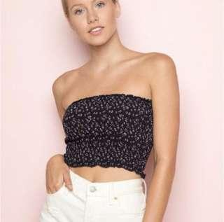 🚚 Brandy Melville Chloe floral tube top (Navy)