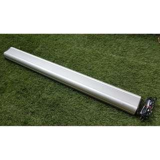 * B - Lighting for Aquarium Fish Tank - 1 meter long with 2 x T8 25 watts colour tubes