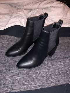 Betts Pointed Boots