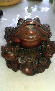 Pajangan Antik Frog with coins