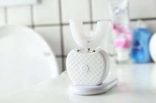 美國V-White|360°超聲波免提電動牙刷(套裝) #我單身我驕傲