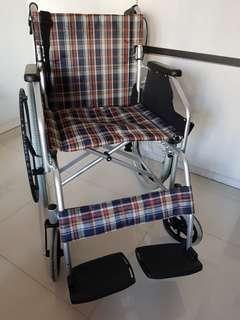 🚚 Like New High Quality Wheelchair