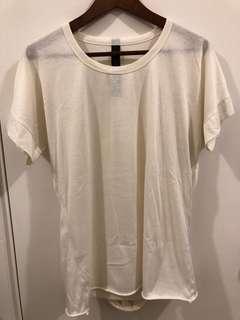 米白色特別裁剪tee shirt size s