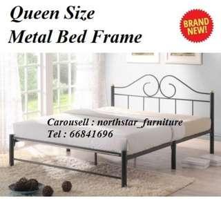 🚚 Queen Size Metal Bed Frame