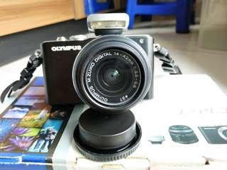 Camera Olympuss E-PL3 Mirrorles