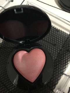 Heart shape blusher