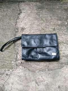 Dompet tangan Travelite original leather