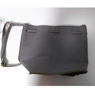 BN Grey OL sling bag