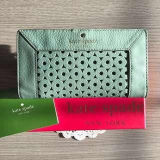 🚚 86% OFF Authentic Kate Spade Mercer Isle Stacy Wallet